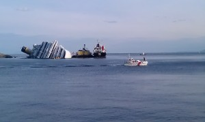 Coast Guard leaving Giglio Porto